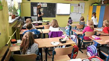 Lekcja języka polskiego w szkole podstawowej