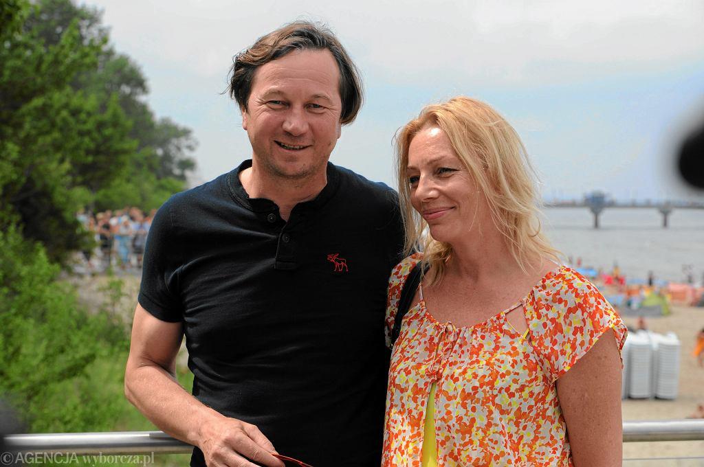Piotr Cyrwus z żoną Mają Barełkowską podczas 18. Festiwalu Gwiazd w Międzyzdrojach