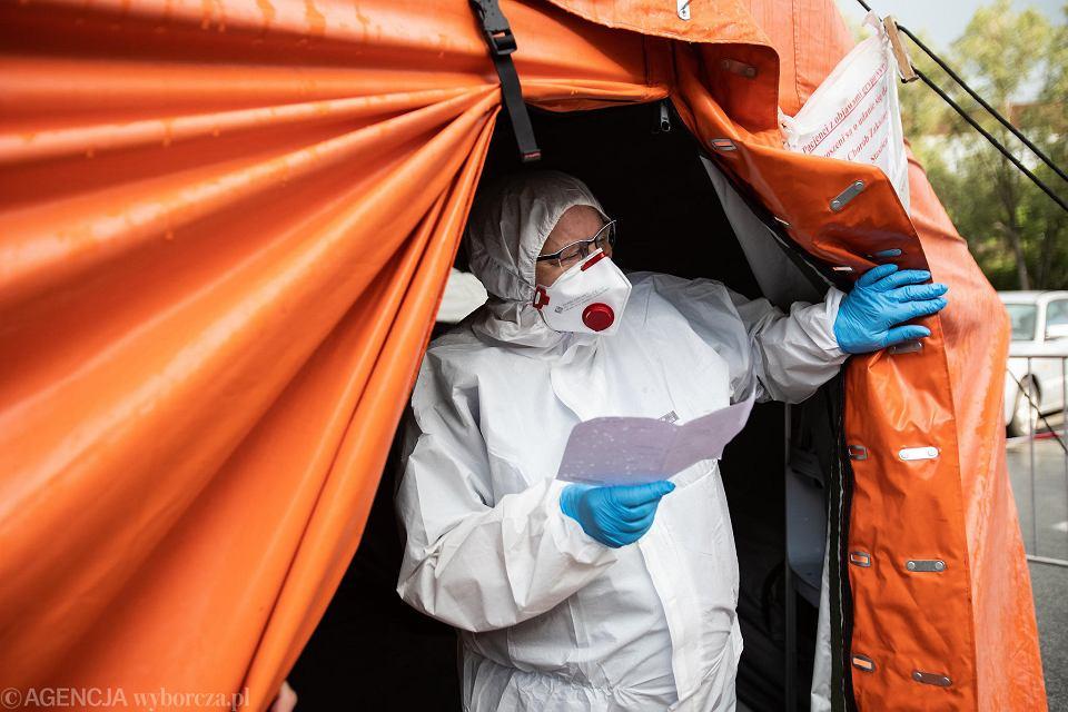 Spada liczba zakażeń koronawirusem na Podkarpaciu. W poniedziałek odnotowano 159 nowych przypadków, zmarło 3 chorych