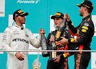 F1 w Malezji. Urodzinowa euforia Verstappena, kuriozalne wypadki Ferrari