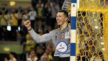 Sławomir Szmal podczas meczu PGE Vive Kielce - Flensburg