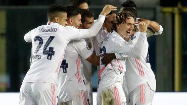 Radość zawodników Realu po strzelonej bramce podczas meczu z Atalantą, 24.02.2021