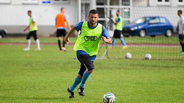 Stomil podczas treningu na stadionie w Kortowie. Brazylijczyk Elton Lexandro de Oliveira Santos