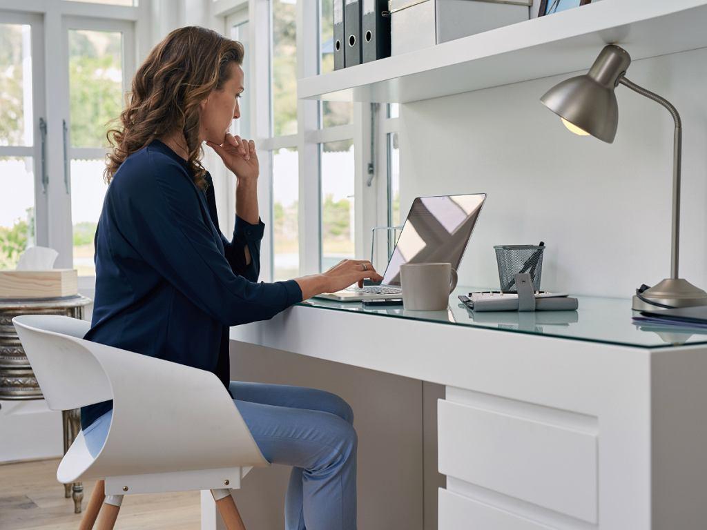 Praca zdalna - domowe biuro