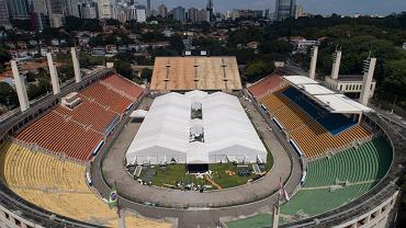 30.03.2020, Sao Paulo, Brazylia, stadion piłkarski Pacaembu przerobiony na tymczasowy szpital dla chorych zarażonych koronawirusem.