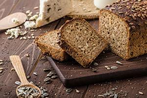 """Najprostszy na świecie przepis na chleb, który wychodzi za każdym razem. """"Robiłam dzisiaj pierwszy raz i wyszedł"""""""