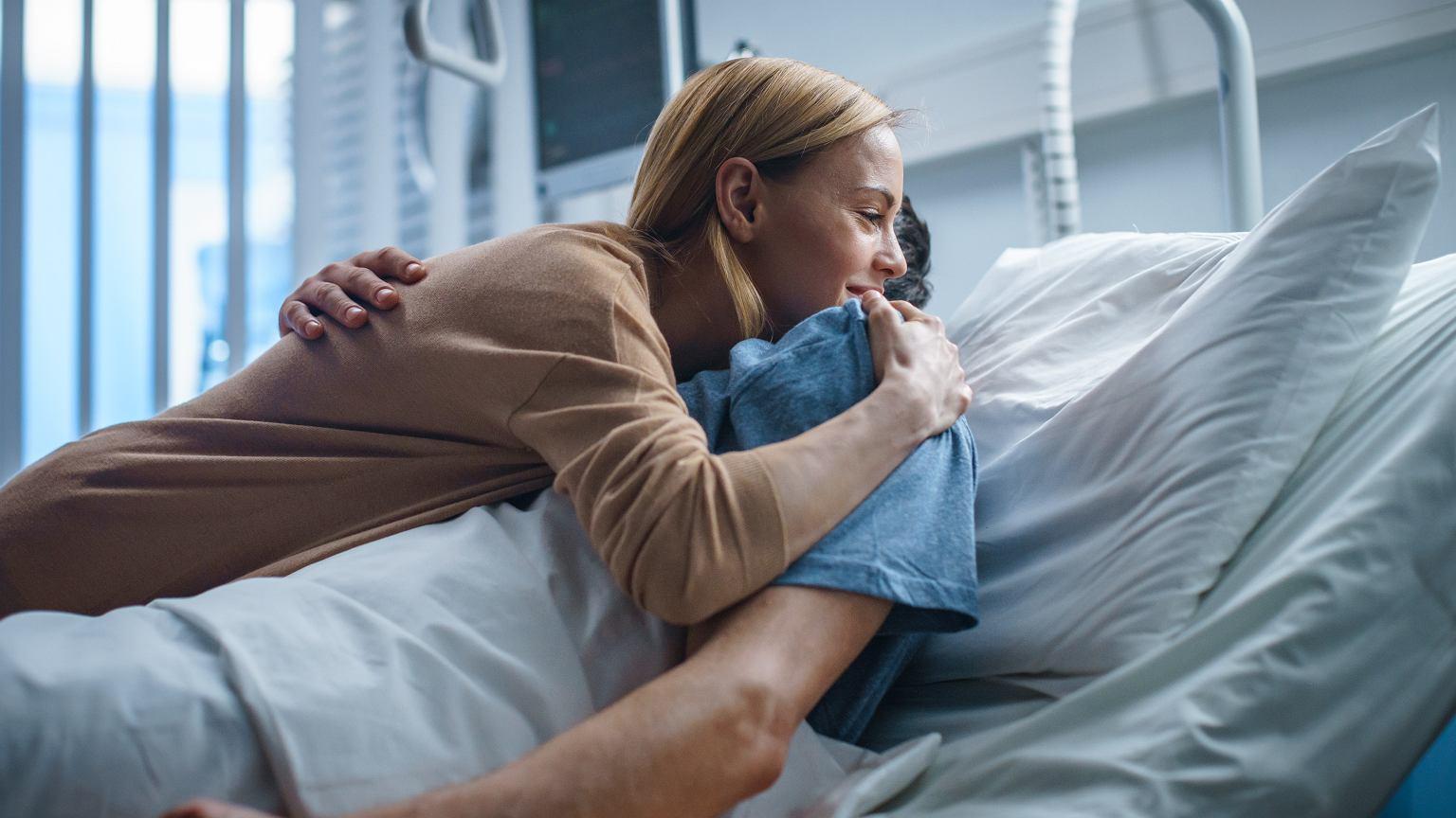 """""""Toksyczny związek musi się skończyć w gabinecie lekarskim. Prędzej czy później oni na kardiologię trafią"""""""