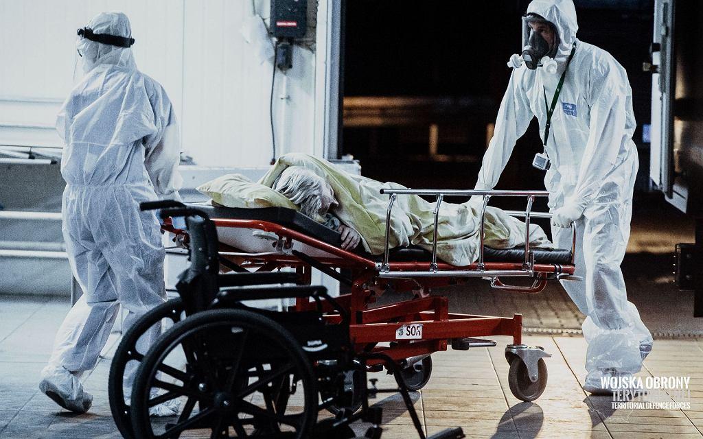 Koronawirus. 70 zakażonych w DPS w Wierzbicy pod Radomiem. Potrzebny dodatkowy personel, chorzy w ciężkim stanie przewiezieni do szpitala