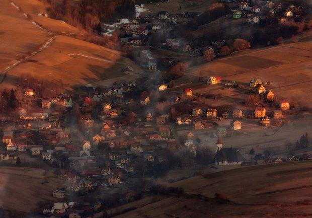 Malowniczo położona wieś Grywałd, zdjęcie wykonano z okolic szczytu Trzy Korony