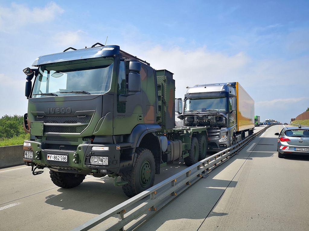 Niemcy. Za kierownicą ciężarówki jechał nieżyjący mężczyzna