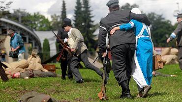 Rekonstrukcja walk powstańczych (zdjęcie ilustracyjne)