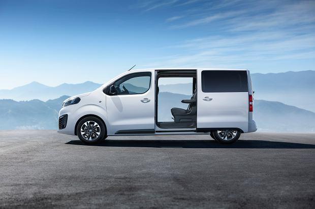 Opel Zafira Life wyceniony w Polsce. Nowy van wyjeżdża na drogi