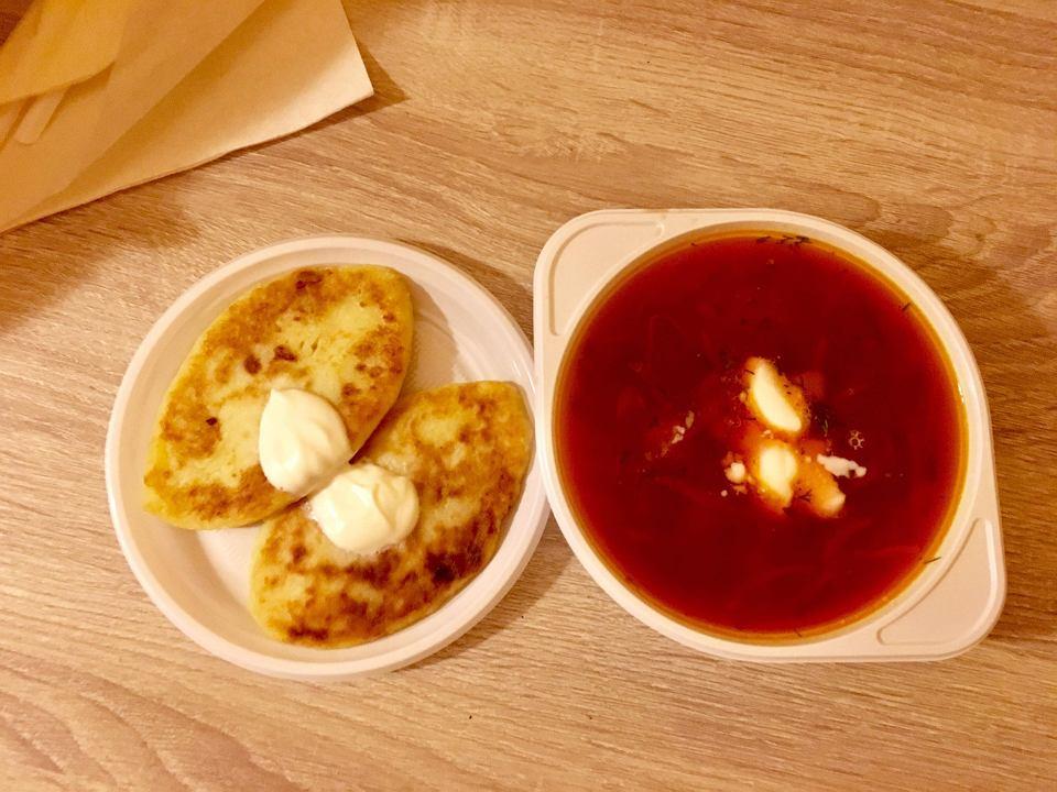 Ukraińska Kuchnia Wreszcie W Kielcach Barszcz Soljanka