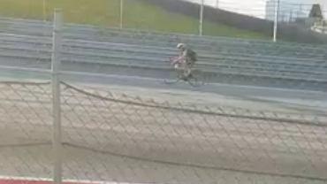 Robert Kubica na rowerze
