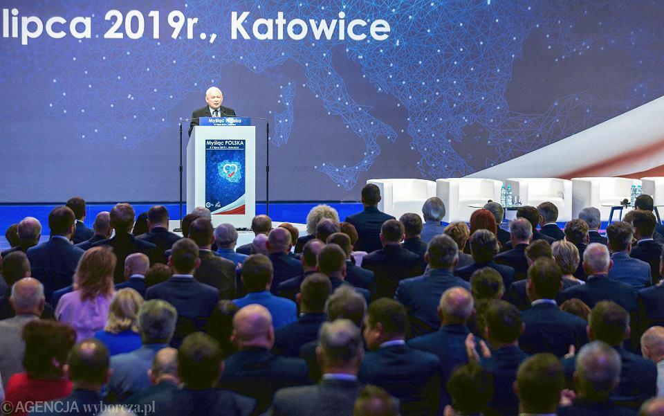 Wybory parlamentarne 2019. Jarosław Kaczyński na konwencji PiS w Katowicach
