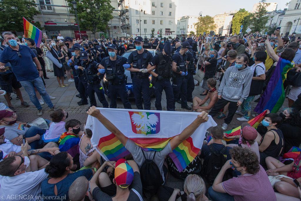 Protest w obronie Margot na Krakowskim Przedmieściu
