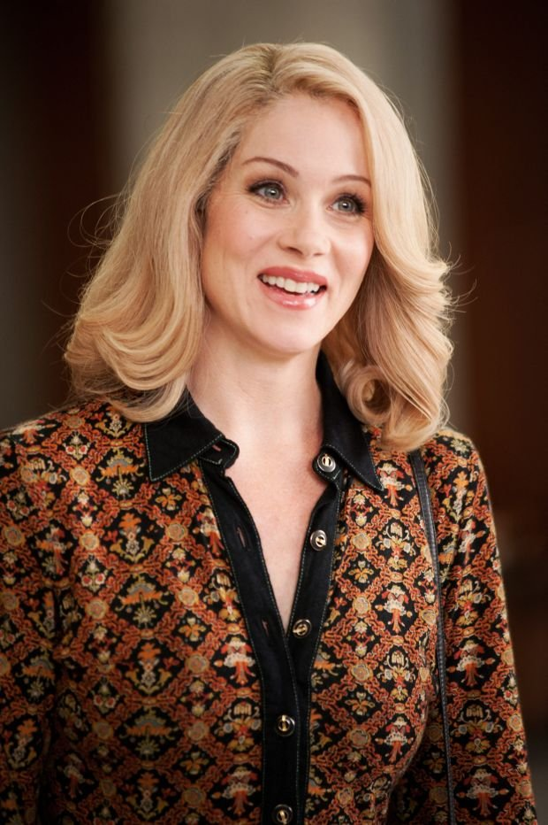 "This photo provided by Paramount Pictures shows  Christina Applegate as Veronica Corningstone in a scene from the film, ""Anchorman 2: The Legend Continues."" Paramount Pictures releases the film in the US on Dec. 18, 2013.  (AP Photo/Paramount Pictures, Gemma LaMana)"
