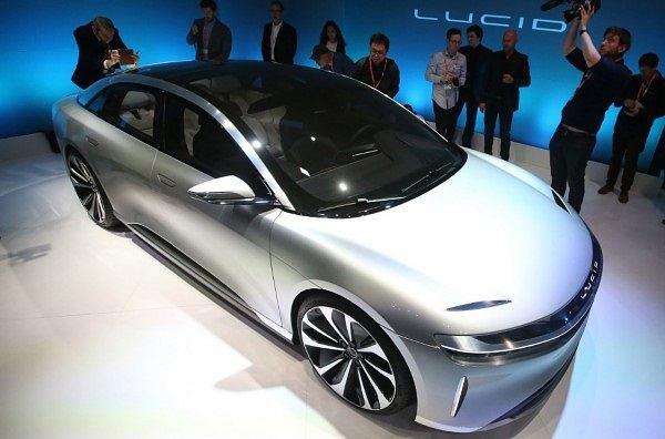 Samochód elektryczny Air
