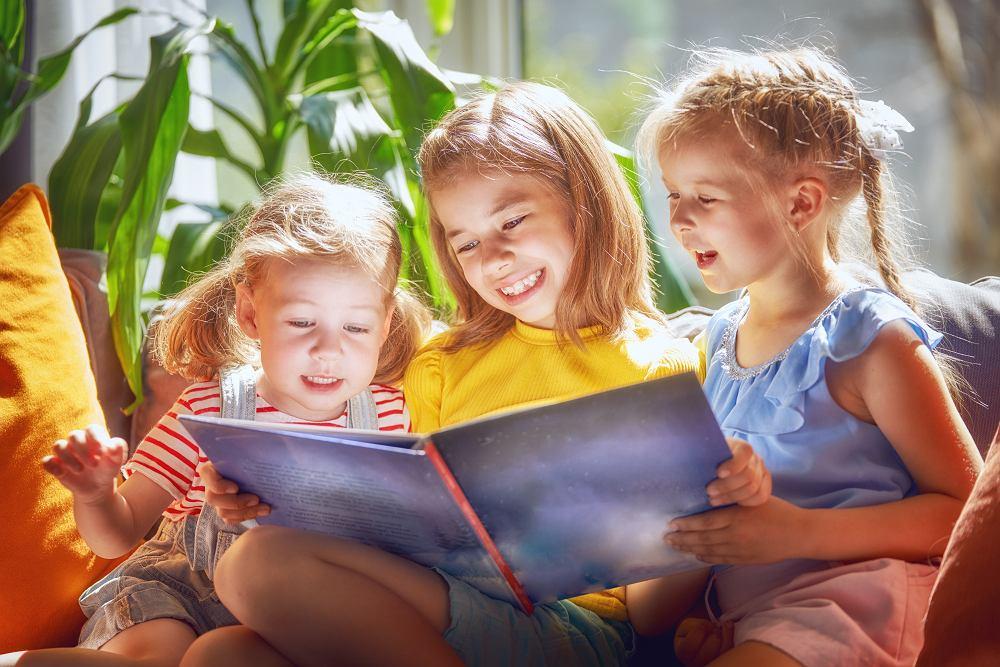 Książki dla 7-latka - sprawdź najlepsze propozycje książkowe dla dzieci. Zdjęcie ilustracyjne