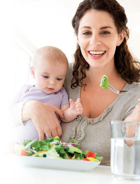 Przyszła i świeżo upieczona mamo - jedz na zdrowie!