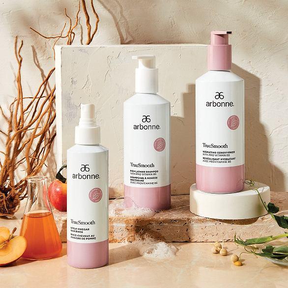 Nowa kolekcja kosmetyków do włosów TrueSmooth od Arbonne