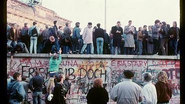 Upadek Muru Berlińskiego w 1989 roku.