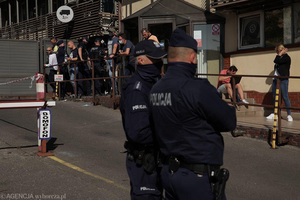 Policja przed siedzibą PiS przy ul. Nowogrodzkiej, 21.09.2020 r.