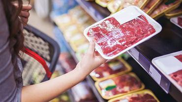 Wieprzowina z etykietą wołowiny? Ponad 50 proc. produktów w polskich sklepach jest zafałszowanych.