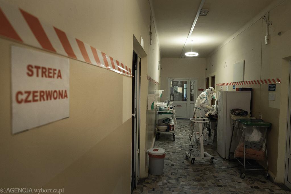 Pandemia koronawirusa. Wojewódzki Specjalistyczny Szpital Chorób Płuc i Gruźlicy przemianowany na szpital jednoimienny dla osób zakażonych COVID-19. Wolica, 14 maja 2020