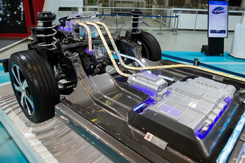 Podzespoły Toyoty Mirai napędzanej wodorem