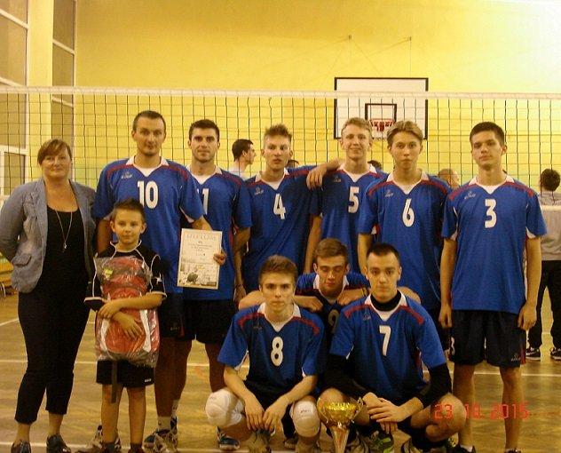 Zwycięska drużyna III LO