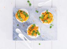 Mus twarogowo-cynamonowy z karmelizowanymi pomarańczami - ugotuj