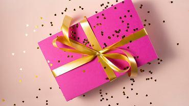 Mikołajki 2019: prezenty, które chciałaby dostać każda kobieta