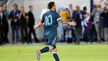 Messi szalał na boisku. Jego czary na niewiele się zdały [WIDEO]