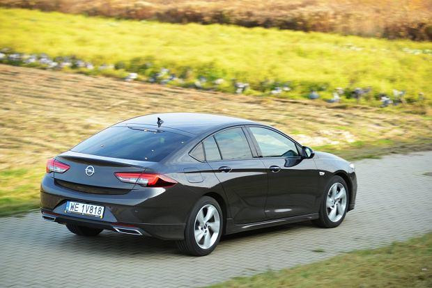 Opinie Moto.pl: nowy Opel Insignia. Zmiany kosmetyczne, ale istotne. Sprawdzamy je na drodze
