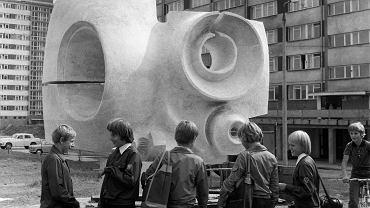 Stefan Borzęcki, rzeźba plenerowa Kosmosonda, 1975.