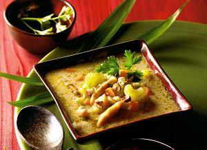 Indyjska Zupa Z Kurczakiem I Przyprawami