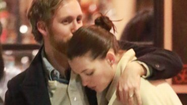 Anne Hathaway z mężem, Adamem Shulmanem