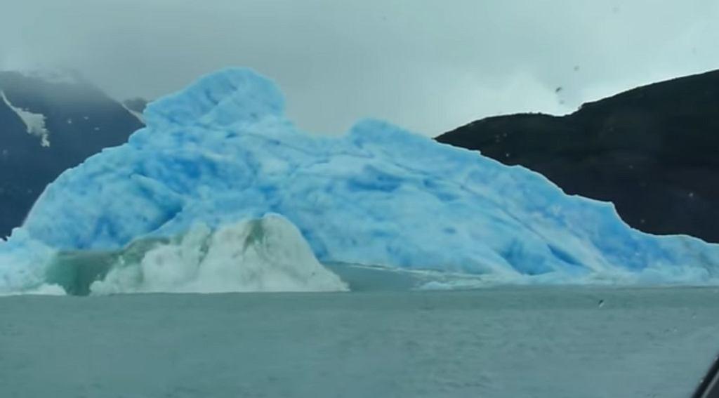 Tak powstaje góra lodowa