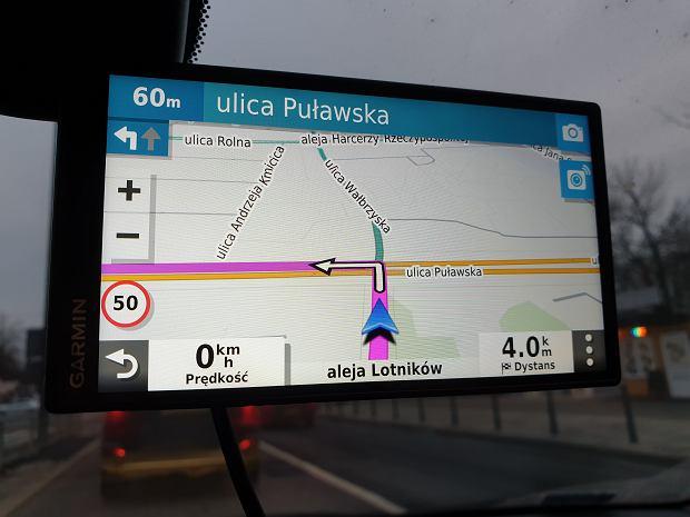 Garmin DriveSmart 55 - sprawdzamy czy akcesoryjna nawigacja ma sens