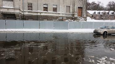 Płock. Domy zabezpieczane przed zalaniem