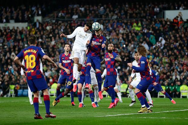 Były hiszpański sędzia przekonuje: 90 proc. arbitrów kibicuje jednemu klubowi