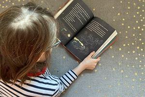 """Jak w dobie tabletów zachęcić dzieci do czytania? """"Przede wszystkim nie podsuwaj mu książek, które ty lubisz"""""""