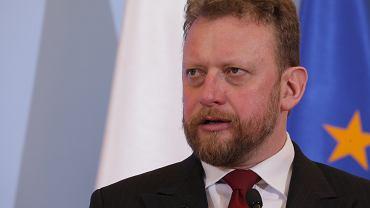 Minister zdrowia Łukasz Szumowski podczas konferencji prasowej dot. epidemii koronawirusa. Warszawa, KPRM, 3 marca 2020