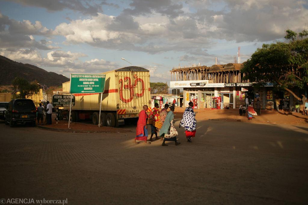 Gwinejska policja stosuje nietypowe sposoby karania obywateli za brak maseczek (zdjęcie ilustracyjne)