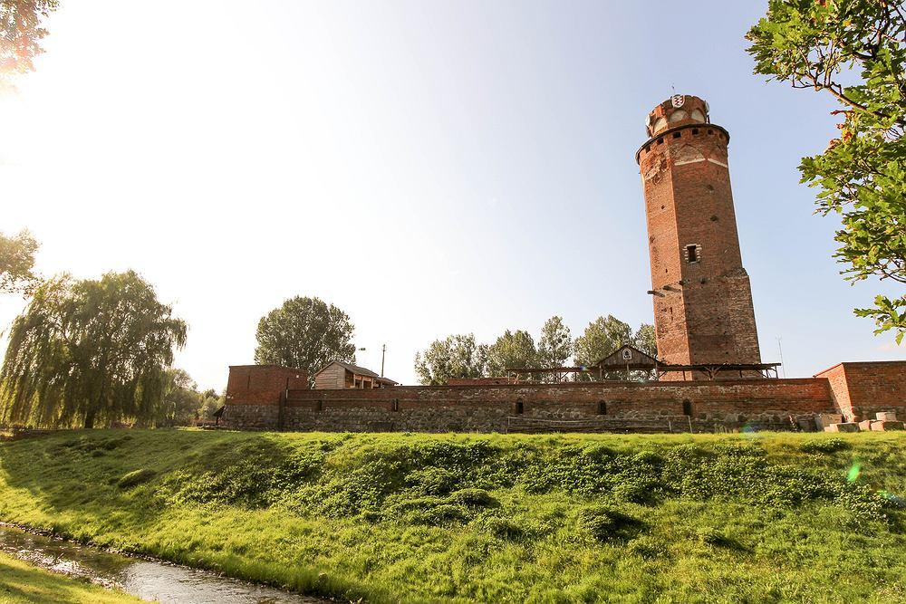 Z wieży zamkowej w Brodnicy roztacza się widok na miasto i jego okolice