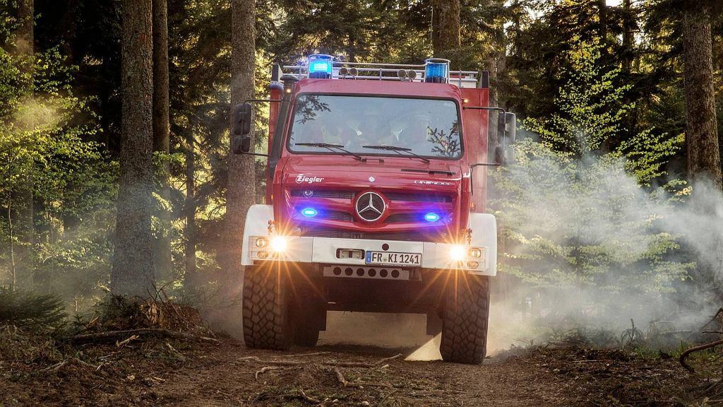Mercedes Unimog dla strażaków