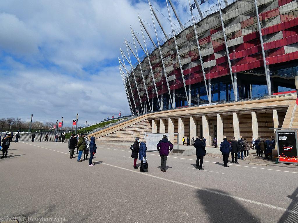 Od 7 kwietnia zmiany w organizacji szczepień na Stadionie Narodowym