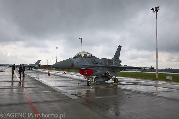 Zdjęcie numer 0 w galerii - 100 000 godzin w powietrzu. Święto polskich F-16 w Bazie Lotniczej Poznań-Krzesiny na zdjęciach
