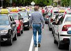 Lex Uber w zamrażarce. Taksówkarze szykują więc dwa protesty. Przeciwko Uberowi, Taxify i pustym obietnicom rządu [TYLKO U NAS]